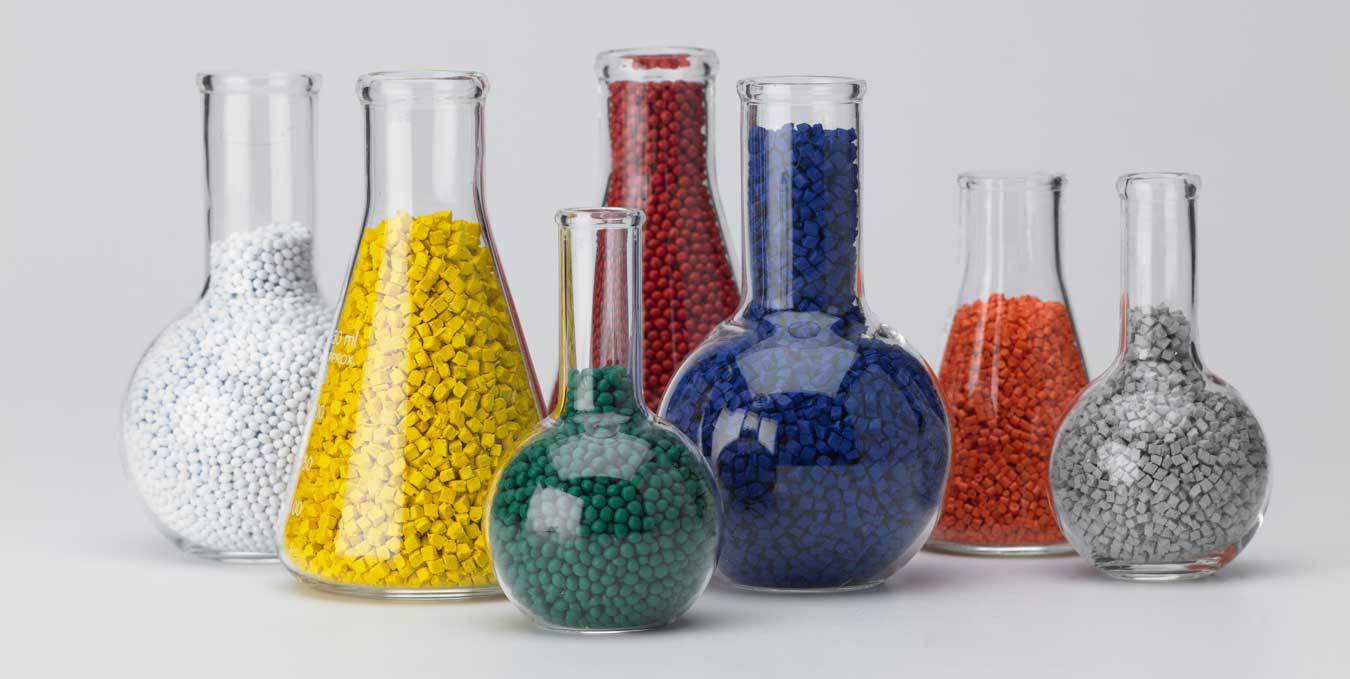 plastic extrusion raw materials in flasks