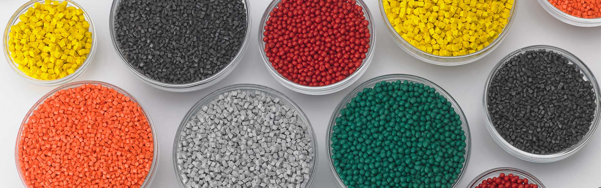 Plastic extrusion materials in a variety of colors